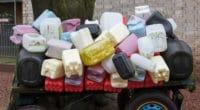 Les déchets ont une valeur : ici les déchets plastiques sont collectés, pour les trier, les traiter et les commercialiser.