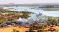 Bamako, capitale du Mali, sur les bords du fleuve Niger.