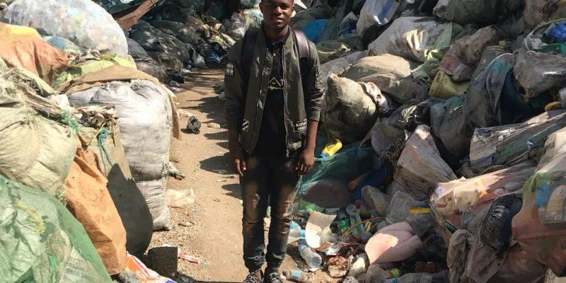 TANZANIE : Edgar Edmun Tarimo (17 ans), pro du recyclage des déchets plastiques ©Green Venture Tanzania