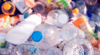 IVORY COAST: Nestlé sets itself six months to dispose of plastic waste in Triechville©Teerasak Ladnongkhun /Shutterstock