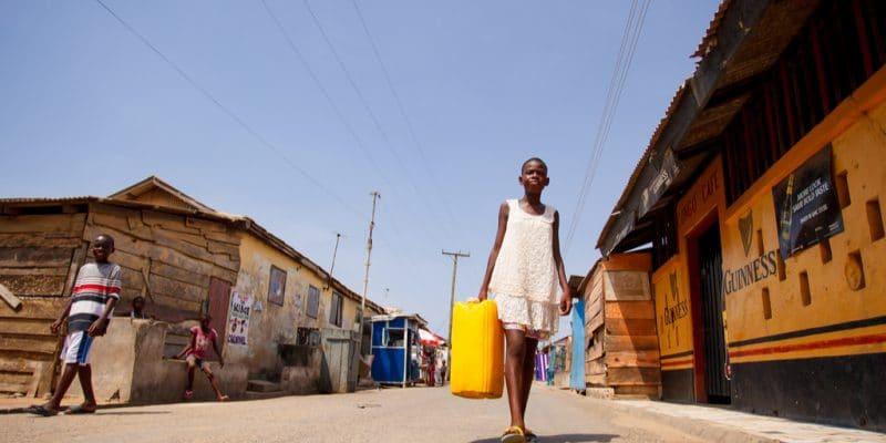 SÉNÉGAL : ETE va distribuer de l'eau potable pour les habitants de Ndiaganiao ©Sura Nualpradid /shutterstock