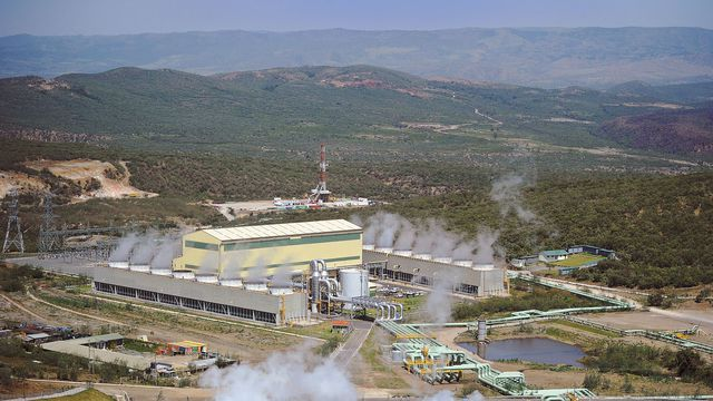 KENYA: Korea Western Power to build Menengai geothermal power plant©Daleen Loest/Shutterstock