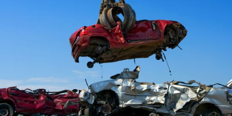 KENYA : Kaiho Sangyo veut profiter du marché porteur et recycler des voitures à Meru©Huguette Roe/Shutterstock