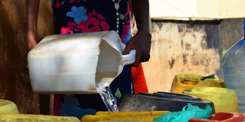 SÉNÉGAL : ETE va distribuer de l'eau potable pour les habitants de Ndiaganiao ©Jen Watson/Shutterstock