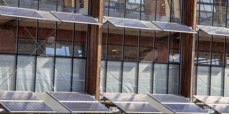 NIGERIA : Proserve Energy installe l'off-grid pour le ministère de l'Énergie© Rudmer Zwerver/Shutterstock