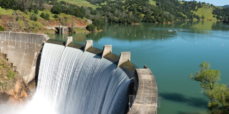 BURUNDI: CMC and Orascom to build two 49.5 MW hydroelectric power plants© Gary Saxe/Shutterstock