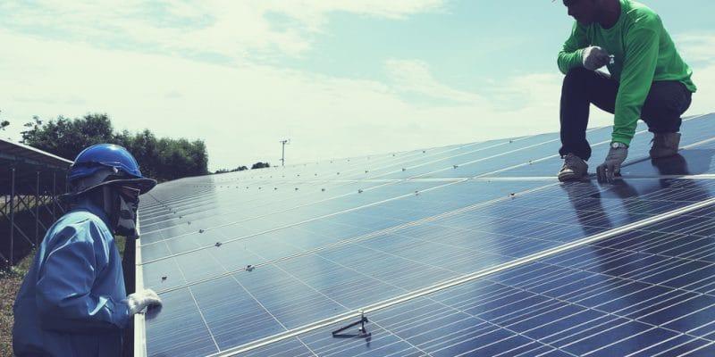 SENEGAL: Mbaye Hadj wins Phanes Group's solar incubator award©only_kim/Shutterstock