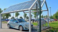 MAROC : l'Iresen expérimente une ombrière solaire de recharge de véhicule électrique ©Martyn Jandula/Shutterstock