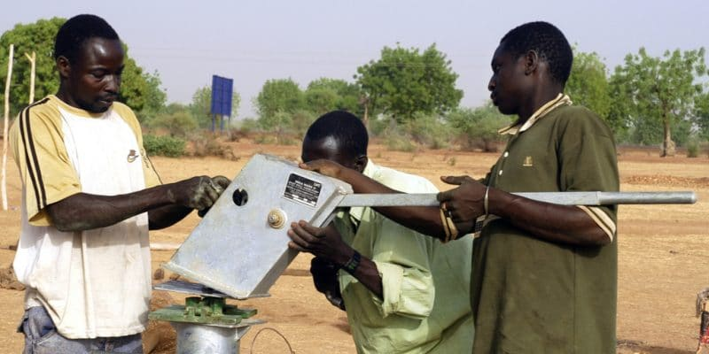 IVORY COAST: 6,000 solar-powered boreholes in rural areas, soon©Gilles Paire/Shutterstock