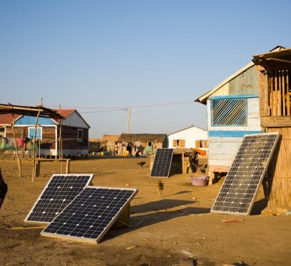 SOLAR MINI-GRID: AIIM finances Bboxx projects in Central and East Africa©KRISS75/Shutterstock