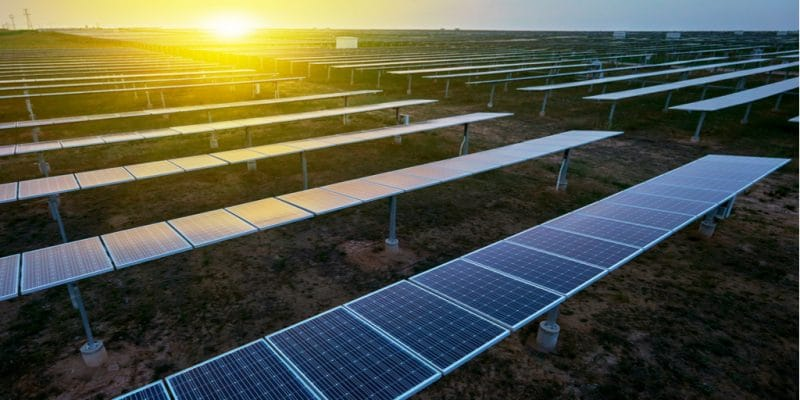 GHANA : Siemens va alimenter le futur parc industriel de Takoradi en énergie solaire ©Jenson/Shutterstock