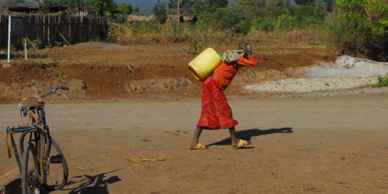 BÉNIN : La Soneb met en service un projet d'eau potable à Glazoué et Dassa-Zoumè©africa924/Shutterstock