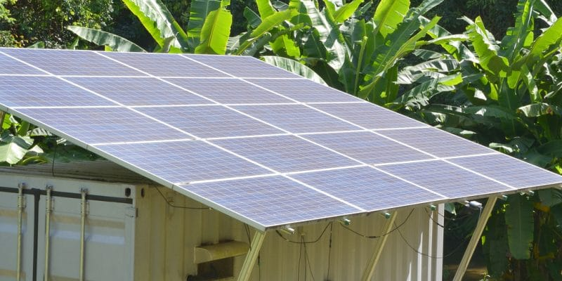 KENYA : Schneider Electric lance ses mini-grids conteneurisés et assemblés sur place©khuruzero/Shutterstock