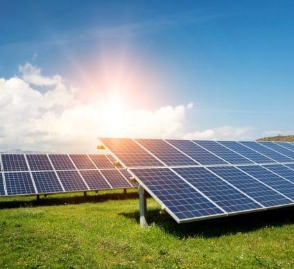 KENYA: InfraCo Africa invests $2.2 million in two Gigawatt Global solar power plants © Diyana Dimitrova/Shutterstock
