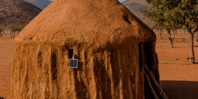 TOGO : pour faciliter l'accès à l'énergie, l'État subventionne les kits solaires©Prisma Nova Photography/Shutterstock