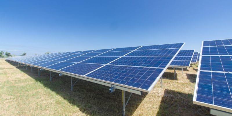 RDC : Exim Bank of India finance la construction de trois centrales solaires à 83 M$©ES_SOShutterstock