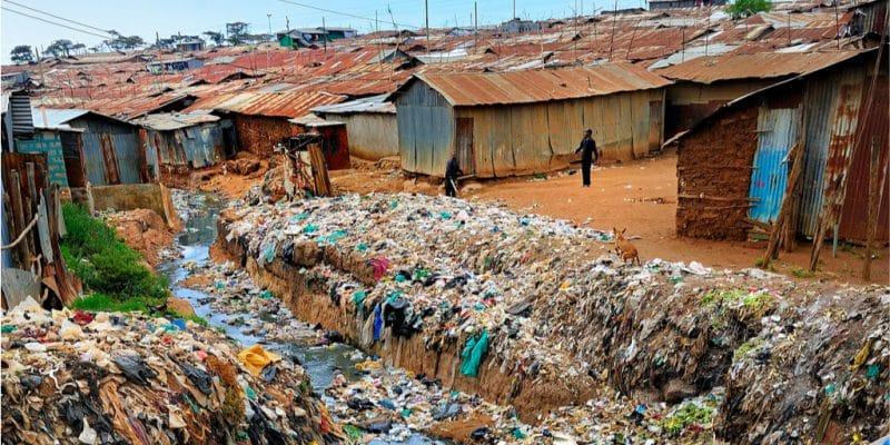 KENYA : UK Aid Direct finance un projet de recyclage communautaire près de Nairobi© Scott Woodham Photography/Shutterstock