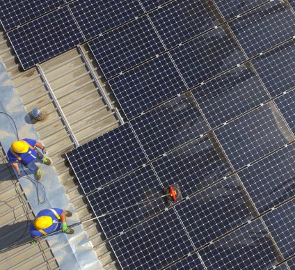 SOUTH AFRICA: Soltrain initiative delivers two solar heating systems©D-VISIONSShutterstock