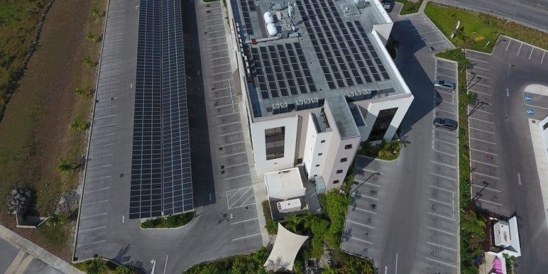 NIGERIA : Em-One va installer un mini-grid sur le toit du ministère de l'Énergie©Milan Portfolio/Shutterstock
