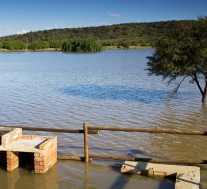 AFRICA: Seven cities at risk of submergence by 2100©Lindsay BassonShutterstock