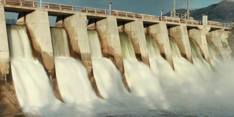 hydroélectriques de 1050 MW©Sky Light Pictures/Shutterstock
