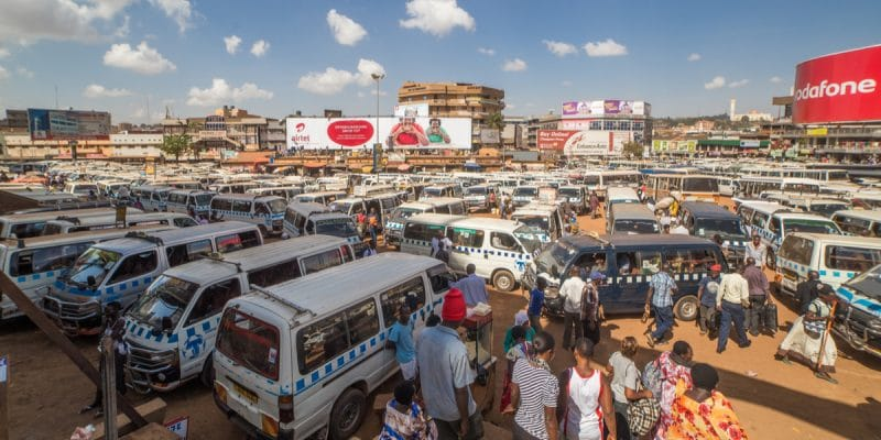 CONGO BRAZZAVILLE: Second-hand vehicles branded as air polluters©Nickolas warnerShutterstock