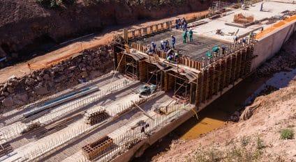 BENIN: IDA funds flood control project in Cotonou©ChrisVanLennepPhoto/Shutterstock