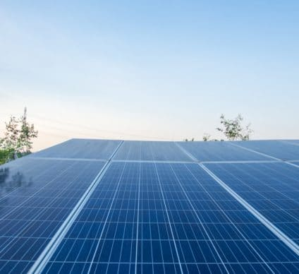 CAMEROON: Chinese Sinohydro wins new renewable energy project © I-ingShutterstock