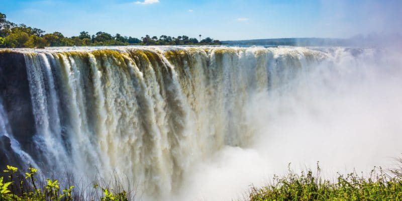 ZAMBIE/ZIMBABWÉ : GE et Power China entament la construction de Batoka Gorge en 2020©kavram/Shutterstock