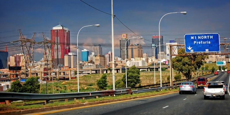 AFRICA: RFI holds web application competition on sustainable cities©Nataly ReinchShutterstock