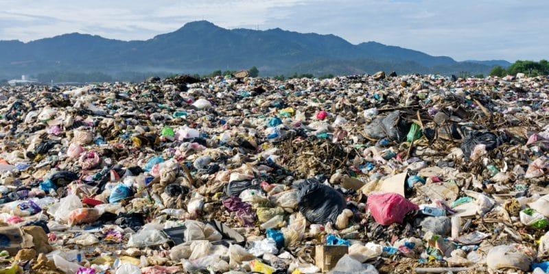 IVORY COAST: Akouédo landfill near Abidjan becomes urban park©Nokuro/Shutterstock
