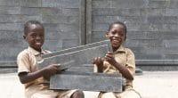 CÔTE D'IVOIRE : l'Unicef offre 500 salles de classe en briques de plastique recyclé©ONU