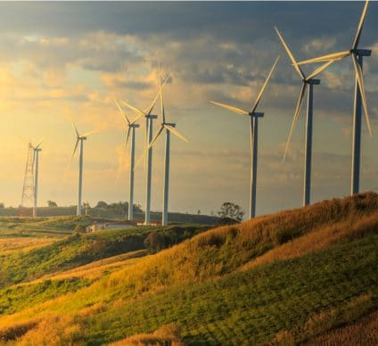 SOUTH AFRICA: UKCI invests some $17 million in two wind projects©chaiviewfinder/Shutterstock