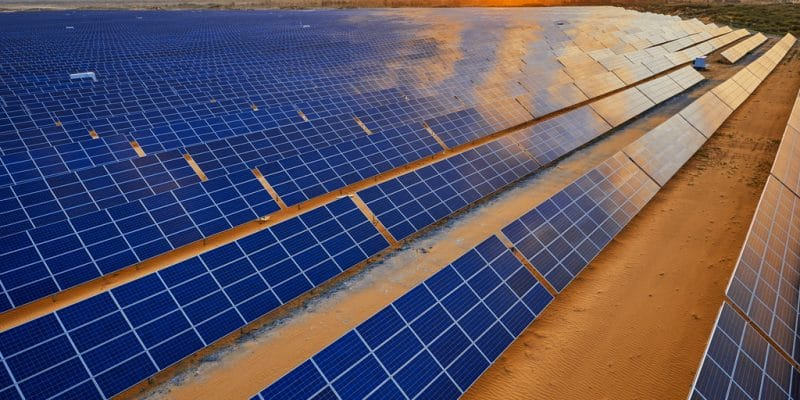 TUNISIA: Tozeur I solar power plant (10 MW) commissioned by state authorities©Jenson/Shutterstock