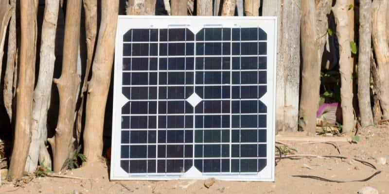 RWANDA : le fournisseur de kits solaires Bboxx lance un service de paiement en ligne©MyImages - Micha/Shutterstock
