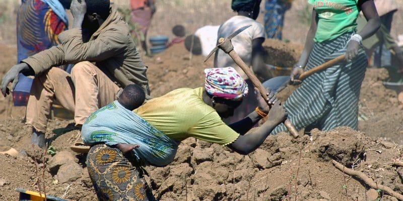 MALI : le gouvernement mène une croisade contre l'usage du cyanure dans l'orpaillage©Gilles PaireShutterstock