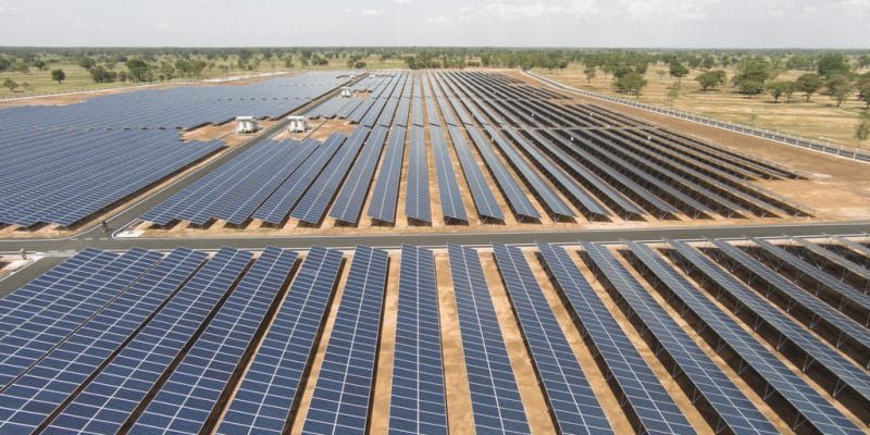 ZAMBIA: Elsewedy Electric and Toyota Tsusho will build 2 solar parks of 50 MW©ES_SO/Shutterstock