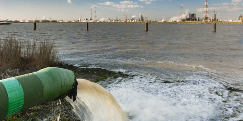 EGYPT: 4 companies vying for sanitation project around Lake Qaroun©IndustryAndTravel/Shutterstock