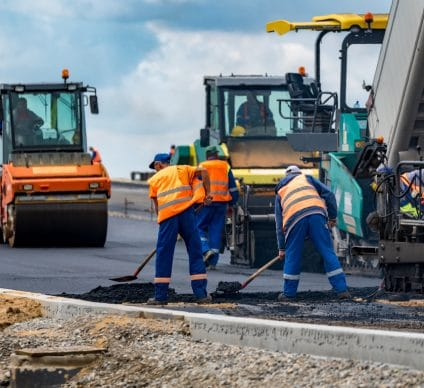 SOUTH AFRICA: Pilot project for building a road out of recycled plastic©Stockr/Shutterstock