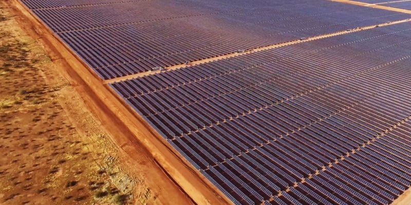 EGYPT: Schneider Electric commissions a solar power plant (5 MWp) in Sinai©wadstock/Shutterstock
