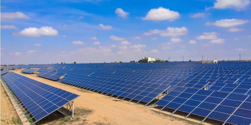 NAMIBIA: Sertum Energy puts Trekkopje solar power plant (5 MW) into operation ©ASHISH441/Shutterstock