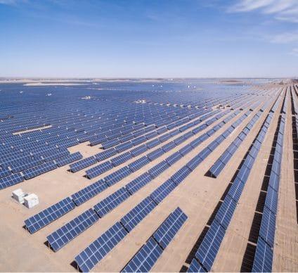 ÉGYPTE : EDF et Elsewedy mettent en service deux parcs solaires (130 MWc) à Benban©lightrain/Shutterstock