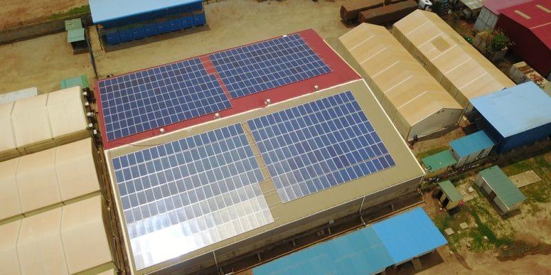 NAMIBIE : Cronimet installe un off-grid (1,13 MW) sur le toit d'un centre commercial©Sebastian Noethlichs/Shutterstock