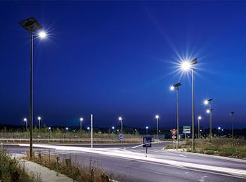 BÉNIN : Fonroche décroche un gros contrat d'installation de lampadaires solaires©Fonroche