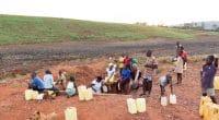 AFRIQUE DE L'OUEST : Wash-Jn veille aux droits humains à l'eau et l'assainissement©Adam Jan FigelShutterstock