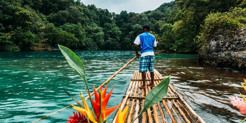 IVORY COAST: SGTM launches works to open the estuary of the Comoé River©ajlatan/Shutterstock