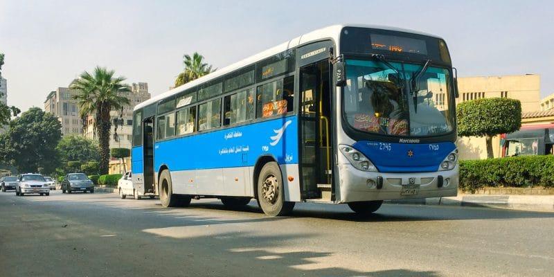 ÉGYPTE : le gouvernement lance sa première ligne d'autobus électrique©Egyptian Studio/Shutterstock