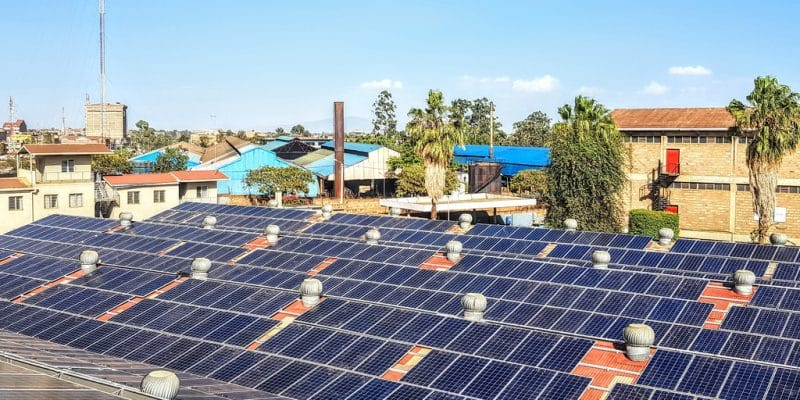 ZIMBABWE: DPA inaugurates solar off grid on the rooftop of a Schweppes plant©Lidia Daskalova/Shutterstock