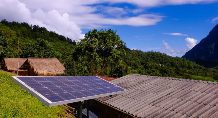 AFRICA: FMO and Shell Foundation support renewable energy suppliers