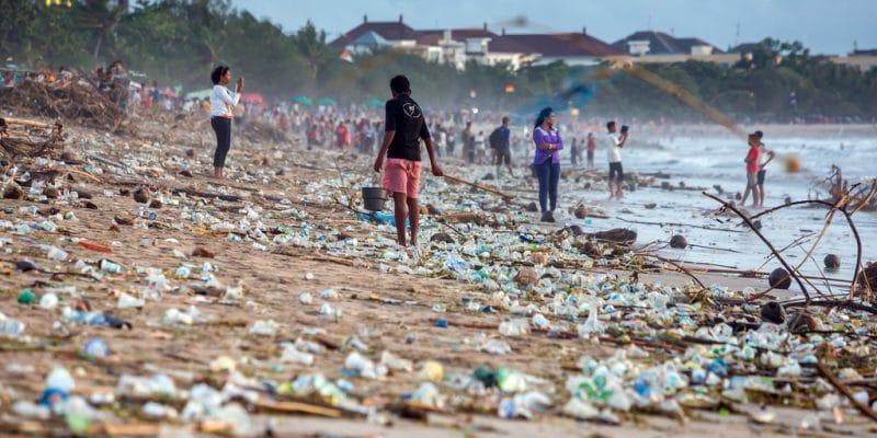 IVORY COAST: Port-Bouët and Nestlé join forces to reduce plastic waste ©Maxim Blinkov/Shutterstock